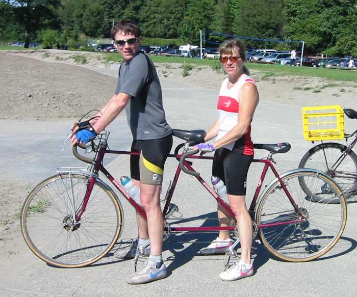 A picture named Tandem Riders 02.jpg