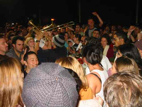 A picture named Ozomatli 112704.jpg