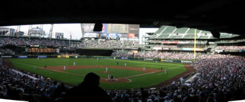 A picture named SafecoFieldJeterUp.jpg